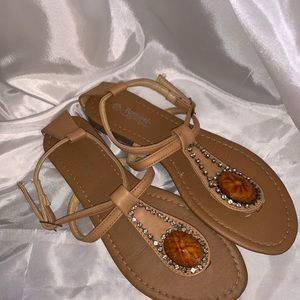 Shoes - Tan leather sandals